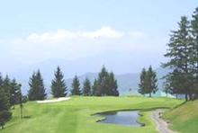 自然を活かしたコースでゴルフをお楽しみいただけます。